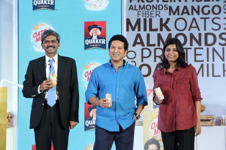 Sachin Tendulkar at the Quaker Oats + Milk Launch
